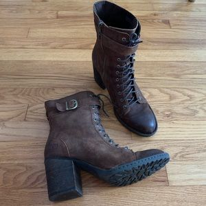 NWT Born Cass Boots
